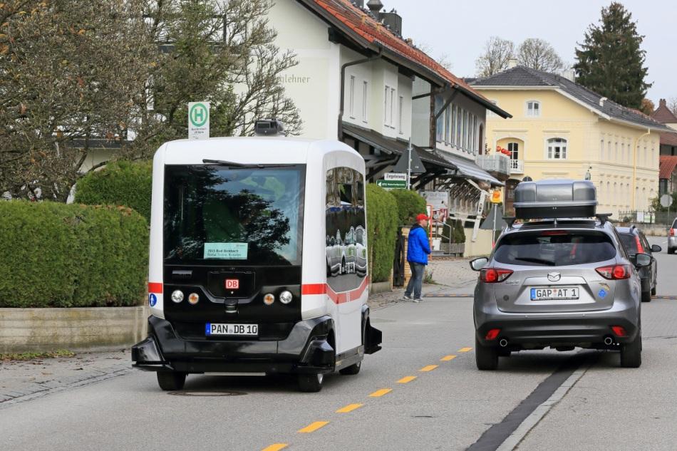 Erstes autonomes Fahrzeug im deutschen Straßenverkehr